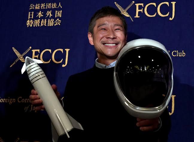 มหาเศรษฐีพันล้านชาวญี่ปุ่นประกาศรับสมัครแฟนสาวไปท่องอวกาศชมดวงจันทร์