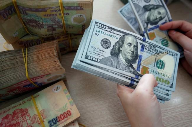 ส่งออกขยายตัวต่อเนื่องทำเวียดนามได้ดุลการค้ากว่า $11,000 ล้านเกินคาดหมาย