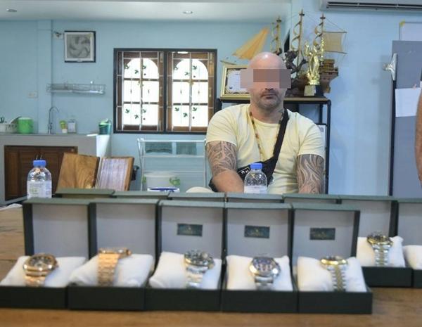 รวบหนุ่มเมืองผู้ดี ลอบขายนาฬิกาก็อปปี้แบรนด์ดังผ่านอินสตาร์แกรมในเมืองพัทยา