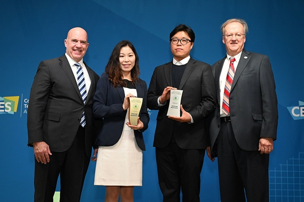'ซัมซุง' ชูแบรนด์รักษ์โลก นำวัสดุเหลือใช้มารีไซเคิล-อัพไซเคิล คว้า 3 รางวัลด้านความยั่งยืน