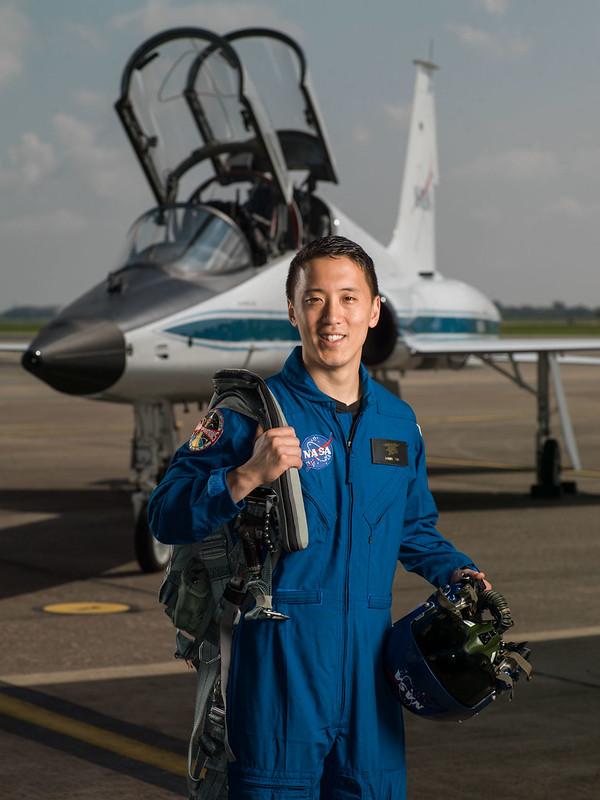 เรือเอก ดร.จอนนี คิม (Cr.NASA)