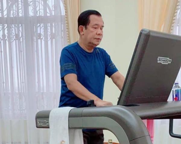 'ฮุนเซน' เปิดรูปโชว์ฟิตขอบคุณชาวเขมรอวยพรให้สุขภาพแข็งแรง