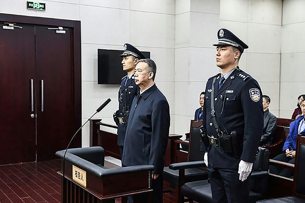 จีนจำคุกอดีตบอสอินเตอร์โพล 13 ปีครึ่ง จำเลยสารภาพรับเงิน-ใช้อำนาจโดยมิชอบ