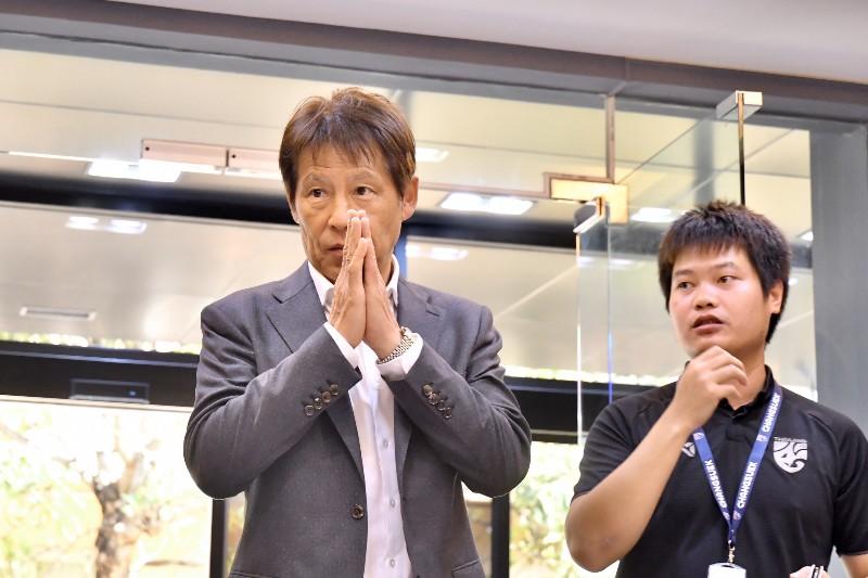 นิชิโนะ จรดปากกาคุมช้างศึก 2 ปี ราว 66 ล้านบาท