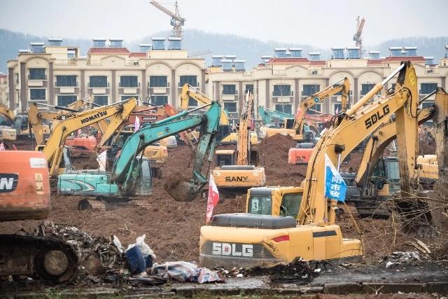 """จีนเร่งสร้างโรงพยาบาลใหม่ """"1,000 เตียง"""" ให้ทันใช้สัปดาห์หน้า รับมือ """"ไวรัสโคโรนา"""""""