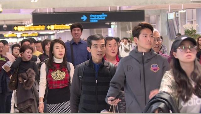 ศูนย์วิจัยกสิกรฯ คาดนักท่องเที่ยวจีนเที่ยวไทยตรุษจีน 355,000 คน หลังไวรัสโคโรนาระบาด