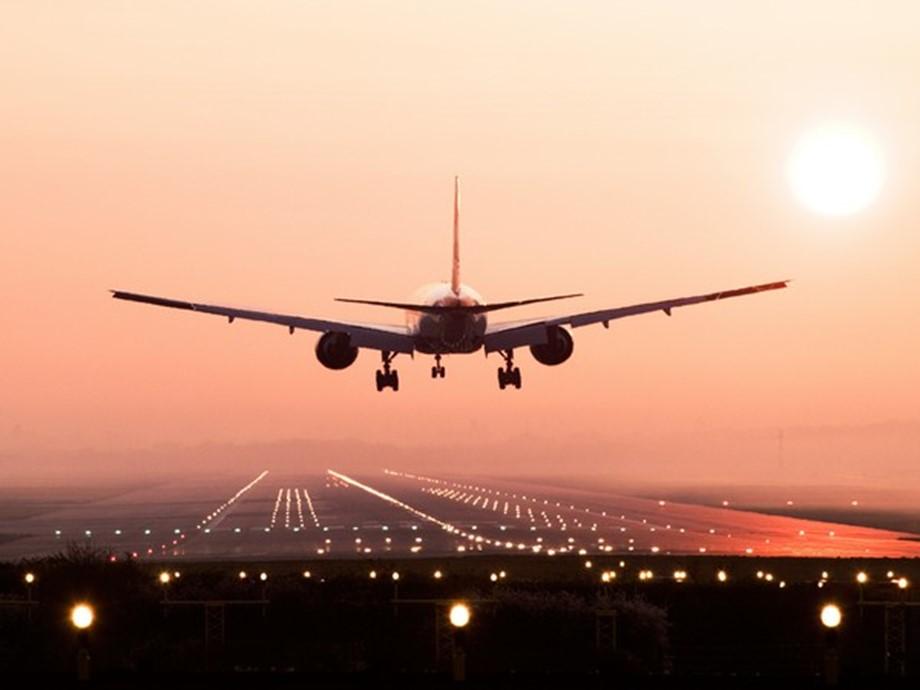"""สหรัฐฯ จัดเครื่องบินอพยพ """"พลเมือง-นักการทูต"""" จากเมืองอู่ฮั่น หนีไวรัสโคโรนา"""
