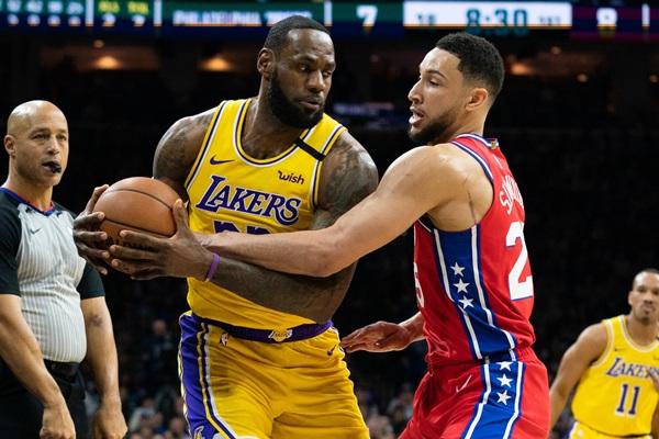 """""""เลอบรอน"""" ทุบสถิติ """"โคบี"""" แต้มสูงสุด รั้งอันดับ 3 ตลอดกาล NBA"""