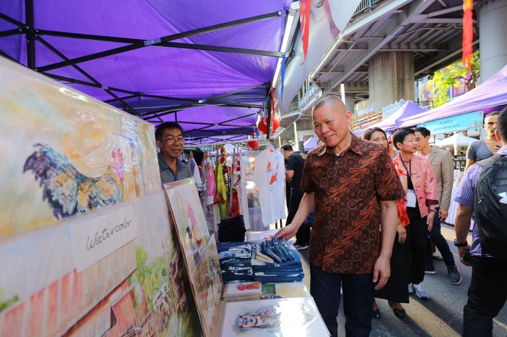 กระทรวงวัฒนธรรม จัดต่อเนื่อง ถนนคนเดิน  เดิน กิน ชิม เที่ยว walking street @ สีลม ทุกวันอาทิตย์