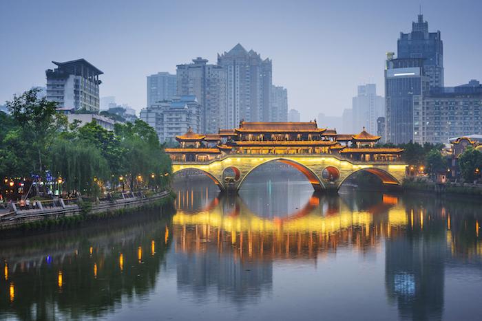เที่ยวแดนมังกร ฉลองตรุษจีน  เสริมมงคลชีวิต เฮง เฮง เฮง รับปีหนูทอง
