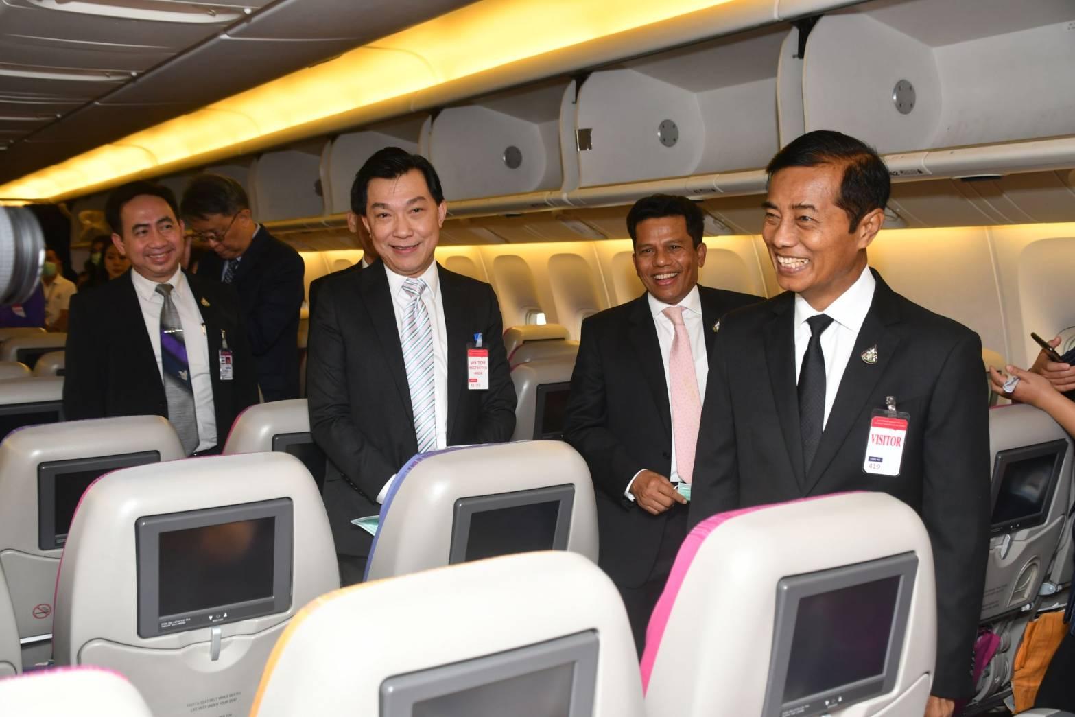 """การบินไทย ยกระดับขั้นสูงสุดสกัด""""เชื้อโคโรนา"""" –จ่อปรับตารางบินจีน หลังผู้โดยสารยกเลิกตั๋ว"""