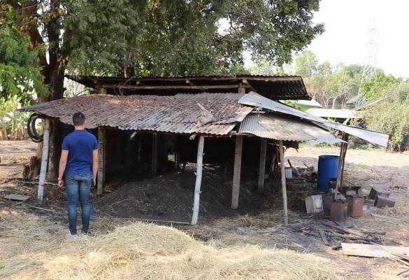 ชาวบ้านสุดทน! โรงเผาถ่านตั้งกลางหมู่บ้าน   กระทบเกิดฝุ่นพิษPM2.5จี้รัฐเจรจาย้ายออก