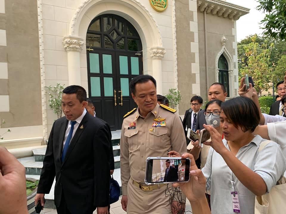 """""""อนุทิน"""" ยกเลิกร่วมบินรับคนไทยกลับจากอู่ฮั่น หลังรัฐบาลจีนขอมา"""