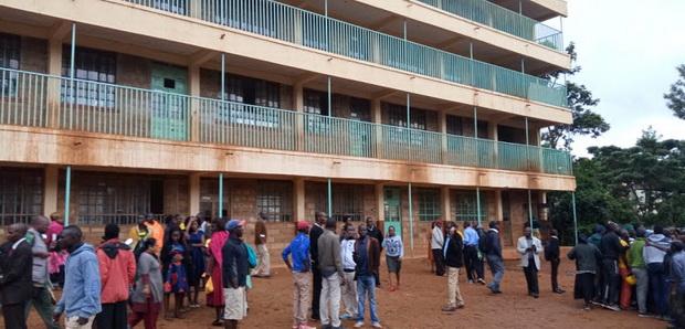 สลด!เด็กประถมเคนยาเหยียบกันอลหม่านหลังเลิกเรียน ตาย13ศพบาดเจ็บ40
