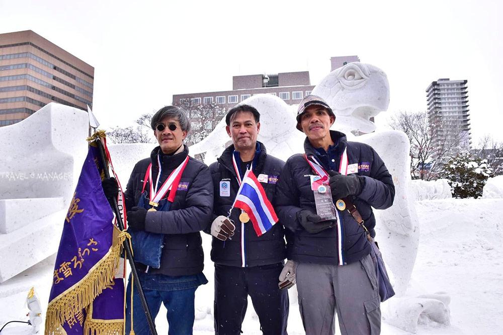 โฉมหน้าทีมนักแกะสลักชาวไทย ที่สร้างชื่อเสียีงให้กับประเทศไทยอีกครั้ง