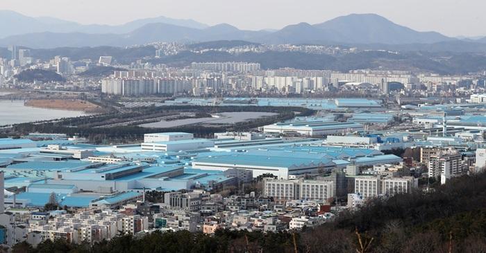 คอลัมน์นอกหน้าต่าง: 'ไวรัสอู่ฮั่น'ทำ'โรงงานรถยนต์ใหญ่ที่สุดในโลก'ต้องหยุดเดินเครื่อง
