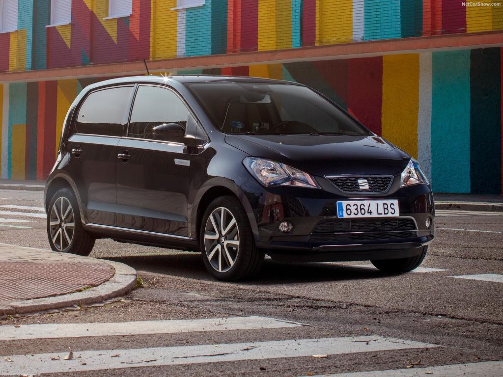 Seat Mii รถยนต์พลังไฟฟ้าอีกรุ่นจากค่ายสเปนขับเคลื่อนด้วยมอเตอร์ไฟฟ้า 83 แรงม้า และแล่นทำระยะทางได้ 260 กิโลเมตรต่อการชาร์จ 1 ครั้ง