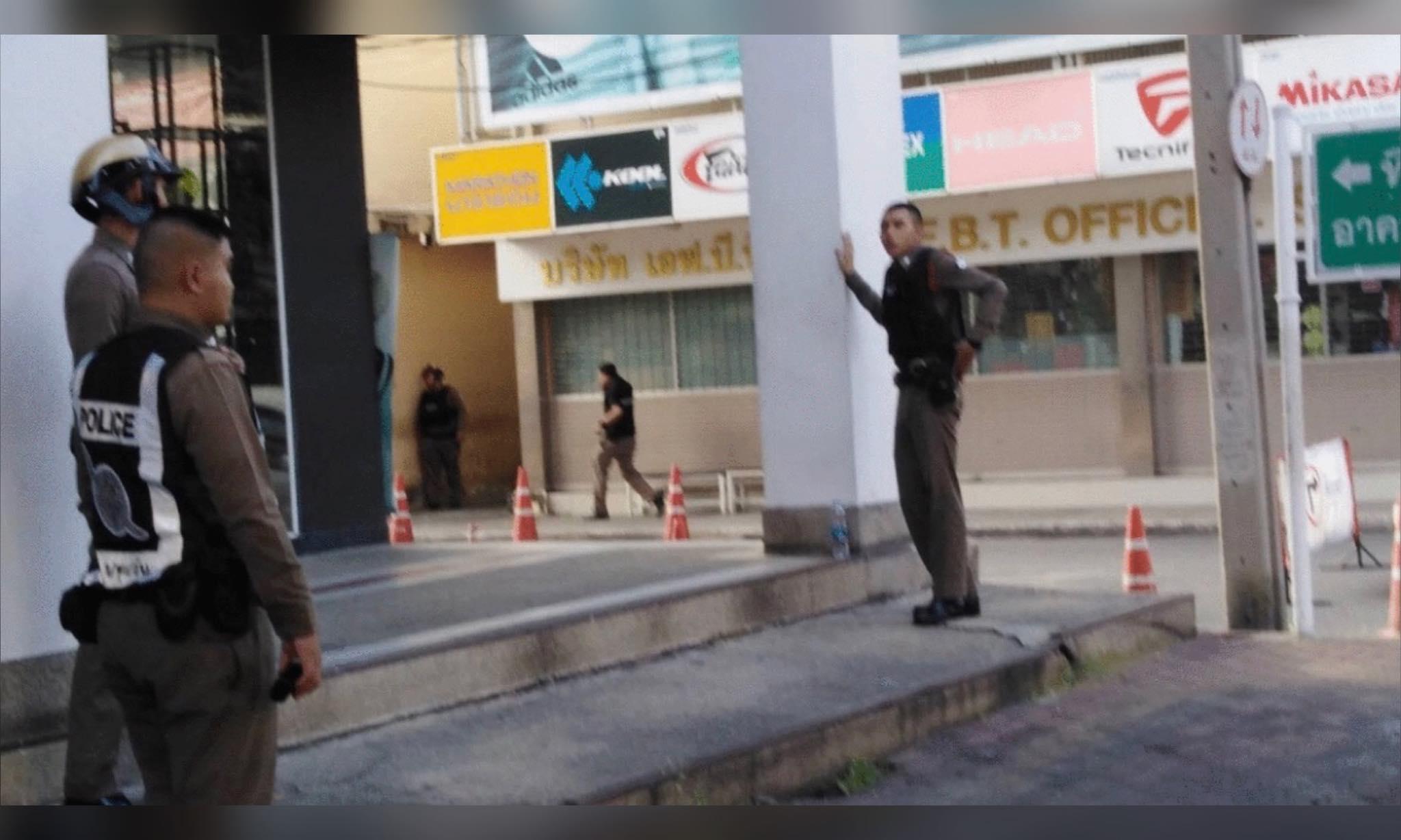 ตำรวจวอนประชาชนหยุดไลฟ์สด เหตุชายคลั่งยิงปืนกลางกรุง