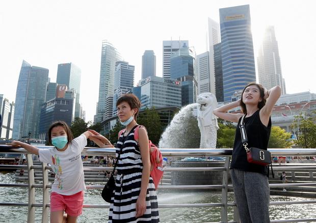 นายกฯเตือนเศรษฐกิจสิงคโปร์อาจดิ่งสู่ภาวะถดถอย เซ่นพิษ'โควิด-19'