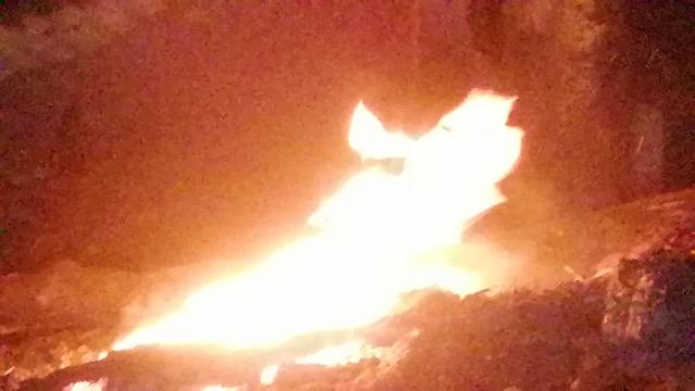 ไฟไหม้ร้านลาบยโส ริมถนนคู่ขนาน มอเตอร์เวย์ วอดทั้งหลังวันวาเลนไทน์