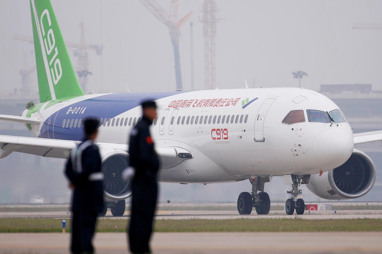 วอชิงตันขยายแนวรบการค้า-เทคโนโลยี เล็งห้ามขายเครื่องยนต์ให้บริษัทการบินจีน