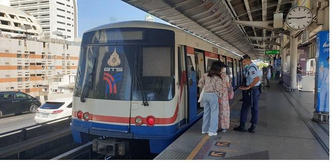 ผู้ว่าฯ กทม.เผยมิ.ย.เปิดสายสีเขียวอีก 4 สถานี ถึงวัดพระศรีฯ- ผู้โดยสาร BTS โตต่อเนื่อง 2-3%