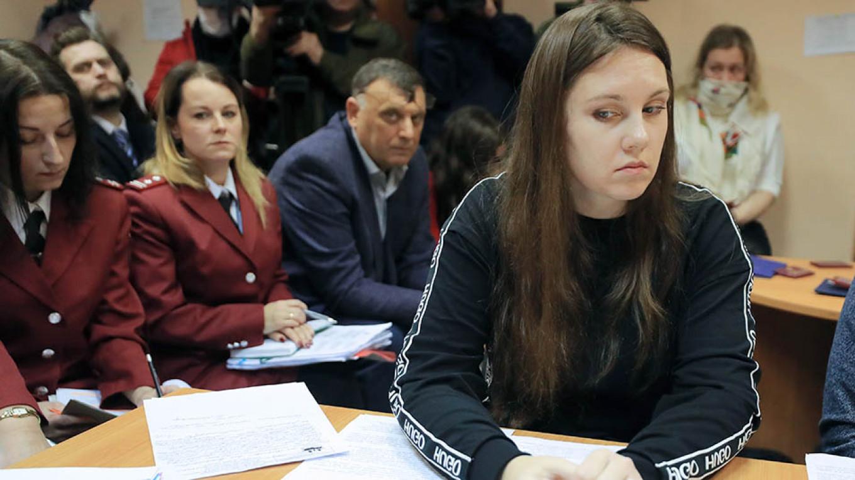 ศาลรัสเซียสั่งให้นำตัวหญิงที่หนีการกักกันโรคกลับมาเข้าโรงพยาบาล