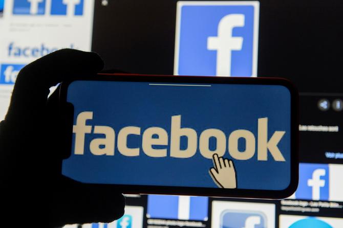 สิงคโปร์สั่งเฟซบุ๊กบล็อคเพจต่อต้านรัฐบาล ปิดปากพวกวิพากษ์วิจารณ์