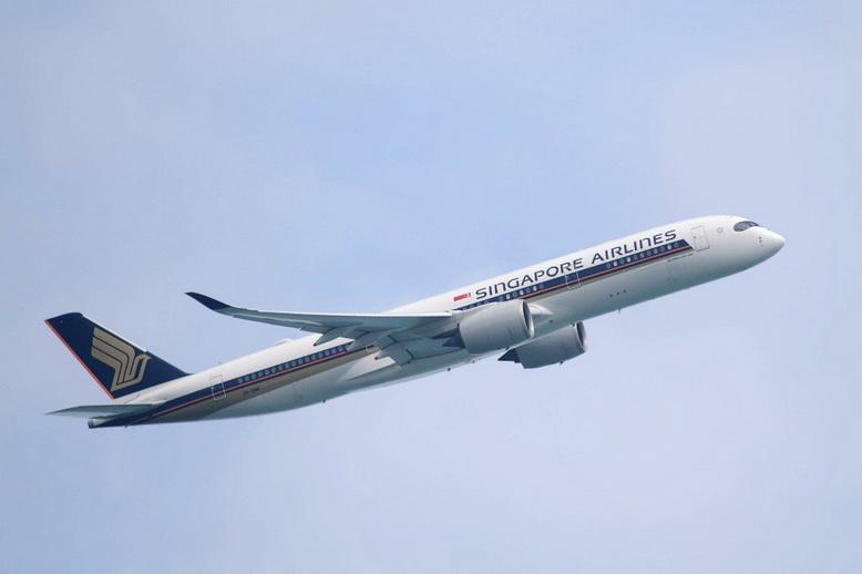 'สิงคโปร์แอร์ไลน์ส' ประกาศลดเที่ยวบินถึง พ.ค. เซ่นพิษ 'โควิด-19'