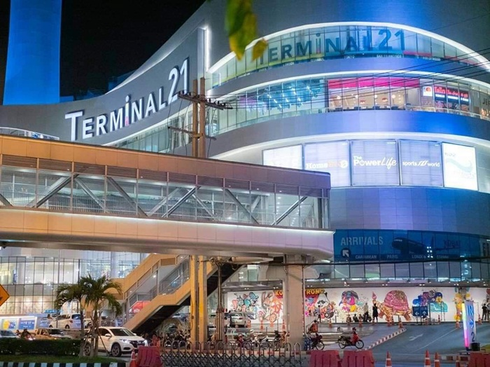 ศิลปินไทย-ต่างชาติ สร้างสีสันงานศิลป์ผนังห้างเทอมินอล 21