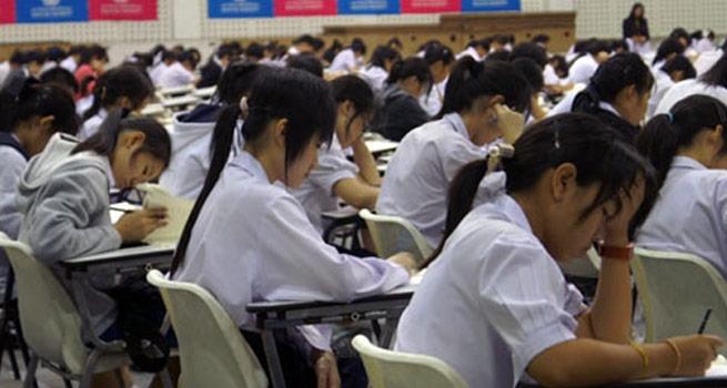 ชีวิตเด็กไทยยุค 4.0 พบเครียด เรียนแน่น กวดวิชา เวลาเล่นน้อย ความสุขหดหาย