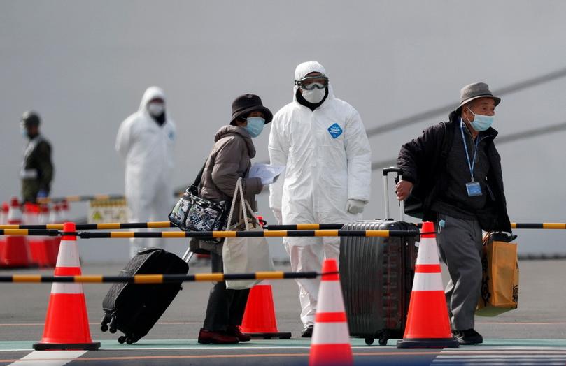 ทางการญี่ปุ่นเริ่มอนุญาตให้ผู้โดยสารบางส่วนลงจากเรือสำราญ ไดมอนด์ ปรินเซส หลังพ้นระยะกักกันโรค 14 วัน