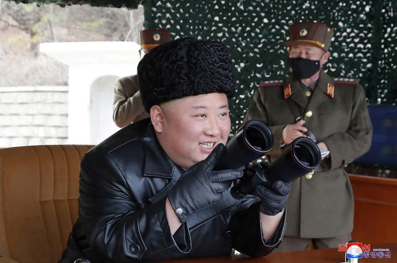 In Pics: โสมแดงเผยภาพ 'ผู้นำคิม' ไปคุมการทดสอบ 'เครื่องยิงอาวุธพิสัยไกล'