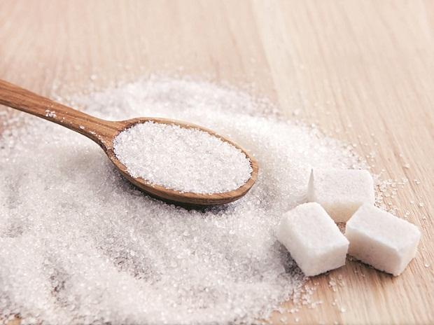 ติดหวาน...น้ำตาลสูง...เสี่ยงหลายโรค / พลโทนายแพทย์ สมศักดิ์ เถกิงเกียรติ