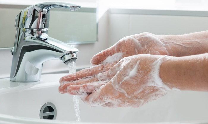 """""""หมอแล็บแพนด้า"""" รีวิววิธีล้างมือด้วยสบู่ป้องกัน COVID-19 ฆ่าเชื้อโรคเกือบ 100 เปอร์เซ็นต์"""