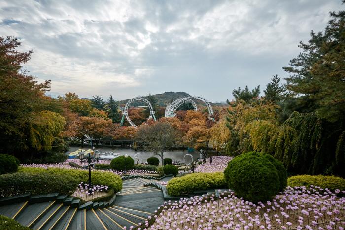 สวนสนุก E-World (ภาพ visitkorea.or.kr)