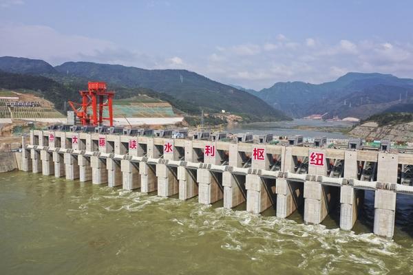 เขื่อนจีนตอนใต้เริ่มเก็บน้ำ ใช้ประตูใหญ่กว่าเขื่อนสามผา จุเต็ม 1.6 พันล้านลบ.ม.
