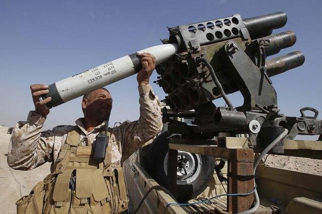 """ฐานทัพอิรักโดนจรวดถล่ม """"ทหารมะกัน-อังกฤษ"""" ตาย 3 พันธมิตรนานาชาติตอบโต้หนัก"""