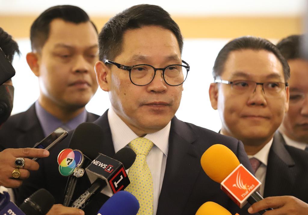 คลัง เตือนสติคนไทย หันหน้าเข้าหากันฝ่าวิกฤตไวรัสโควิด ย้ำรัฐบาลดูแลประชาชนและภาคธุกิจอย่างเต็มกำลัง