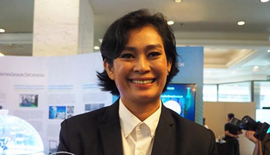 """มีแต่ซ้ำเติม! """"อุ๊-หฤทัย"""" จวก คนไทยชอบด่าประเทศไทย เสพข่าวปลอม เก่งแต่ปาก 'ทูตนริศโรจน์' ให้ดูออสเตรเลีย"""