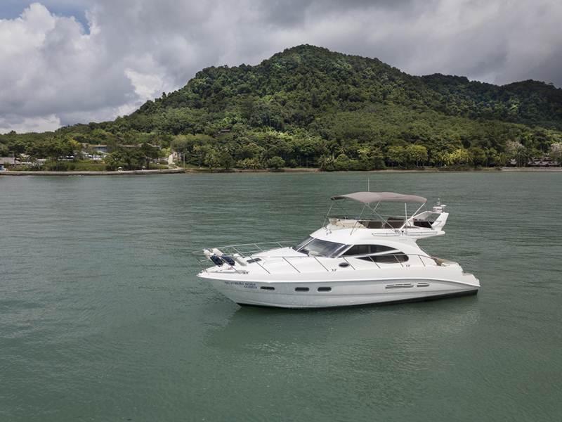 Cape Yacht Charters ชวนสัมผัสประสบการณ์สุดเอ็กซ์คูลซีฟกับ การล่องเรือยอร์ชหรู