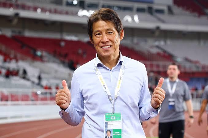 """ประเทศไทยต้องชนะ! """"นิชิโนะ"""" ส่งใจช่วยแฟนบอลไทยสู้โควิด-19"""