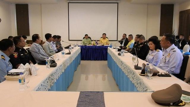 ผู้ว่าฯเชียงราย-ท่าขี้เหล็กสยบข่าวลือ ยันไทย-พม่าไม่ปิดด่านถาวรแม่สาย
