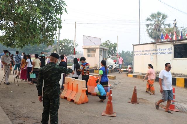 พ่อเมืองกาญจน์ ประกาศห้ามคนไทยข้ามไปประเทศเพื่อนบ้านตลอดแนวชายแดนไทย-พม่า