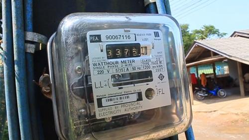 """การไฟฟ้าส่วนภูมิภาคยัน """"เงินประกันค่าไฟฟ้า"""" ไม่เกี่ยวกับมิเตอร์ เวลาพังถ้าไม่ผิดไม่ต้องจ่าย"""