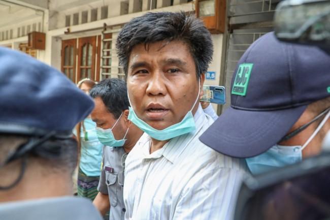 นักข่าวพม่าโดนข้อหาก่อการร้ายหลังสัมภาษณ์กลุ่มก่อความไม่สงบในยะไข่