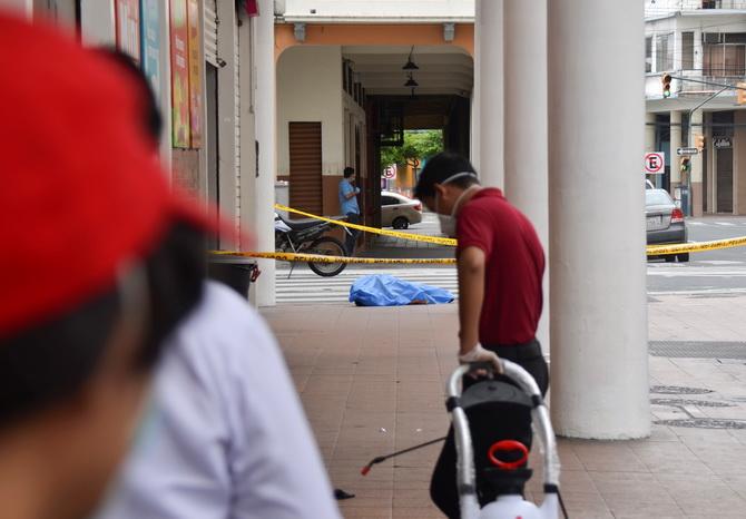 ภาพสลด!!ศพนับร้อยถูกทิ้งไว้เกลื่อนถนนเมืองเอกวาดอร์ท่ามกลางวิกฤตโควิด-19