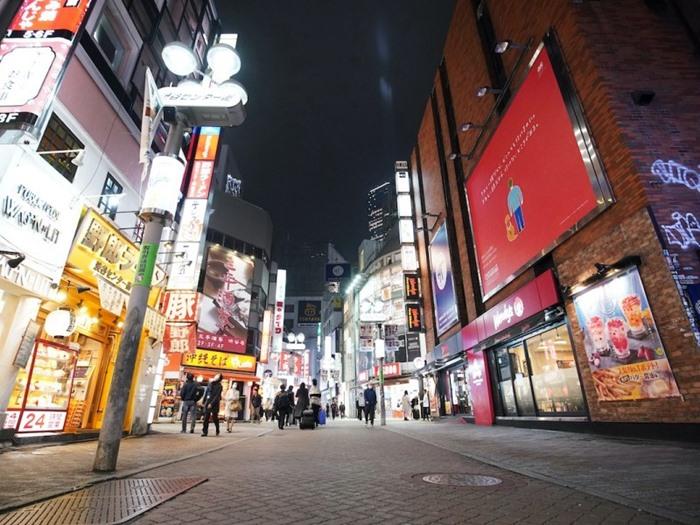ทำไมญี่ปุ่นยัง'ชิลๆ'เรื่องสู้ไวรัส? ผู้ว่าโตกียวอยาก'ล็อกดาวน์'  แต่'อาเบะ'ไม่ยอม
