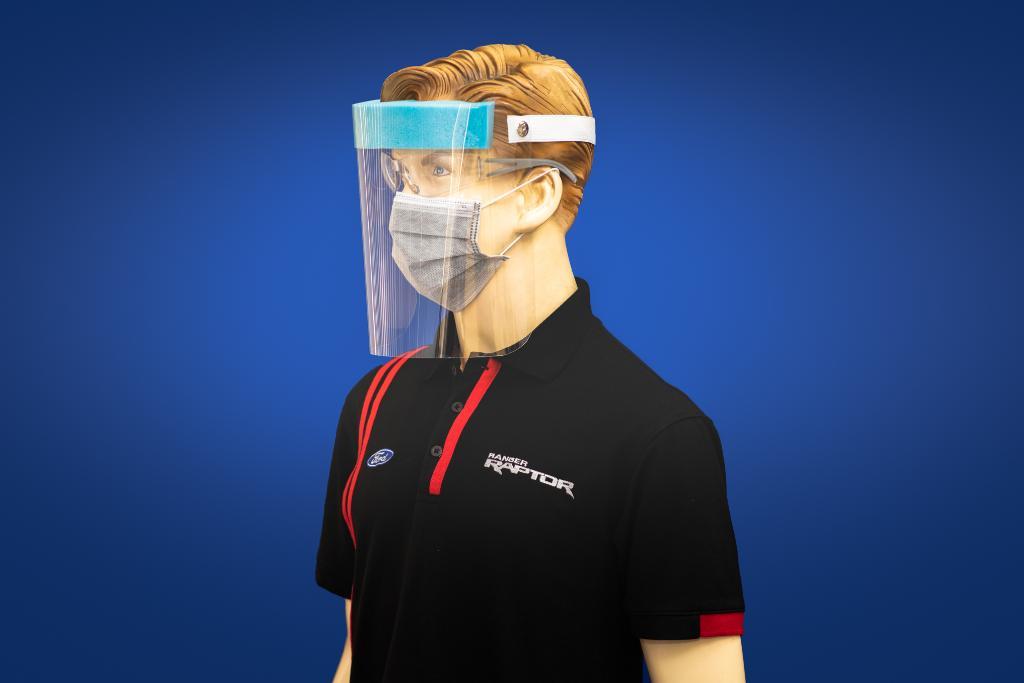 ฟอร์ด ประเทศไทย ร่วมกับพนักงานผลิตหน้ากากป้องกันใบหน้าแจกแพทย์