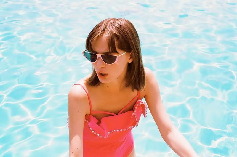 มาสนุกกับการเลือกชุดว่ายน้ำ ใส่คลายร้อนที่บ้านกันดีกว่า!